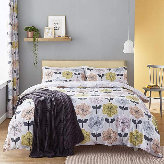 floral patterns in the bedroom