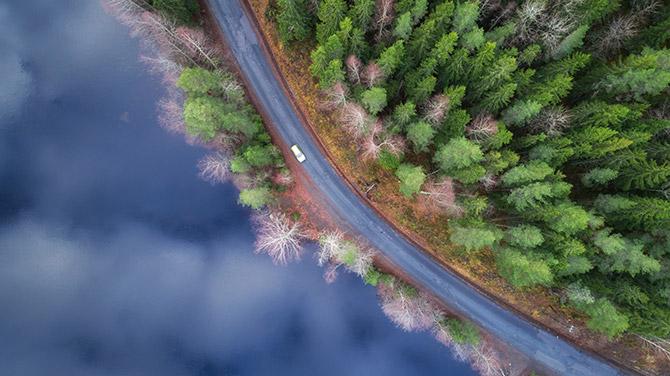 公路无人机摄影