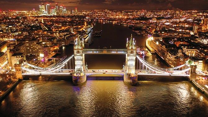 在伦敦的无人机摄影