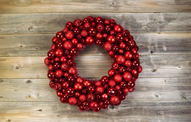 Christmas decorating ideas - wreaths