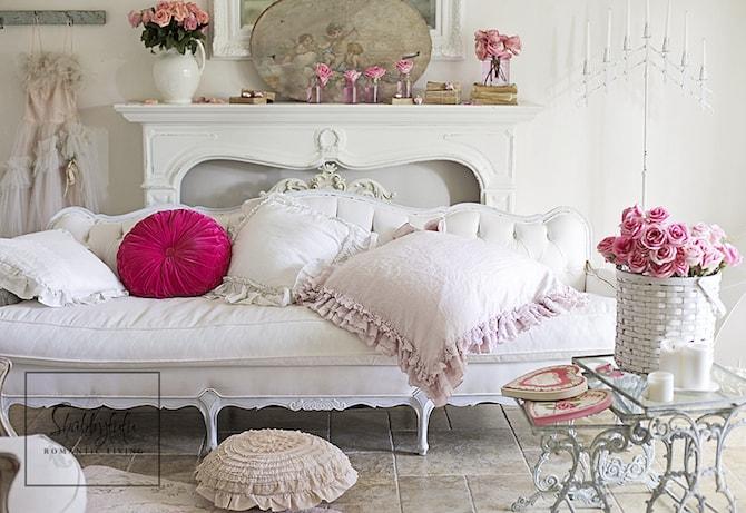 Living Room Ideas - Romance