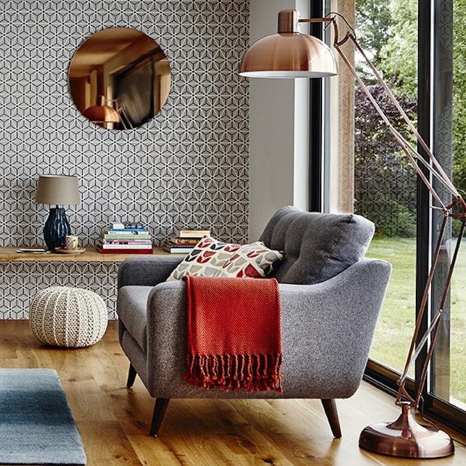 Modern Living Room - Round Mirror