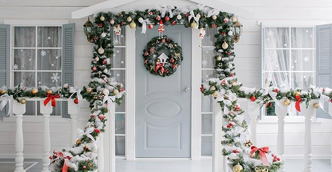 Festive Home - Entry